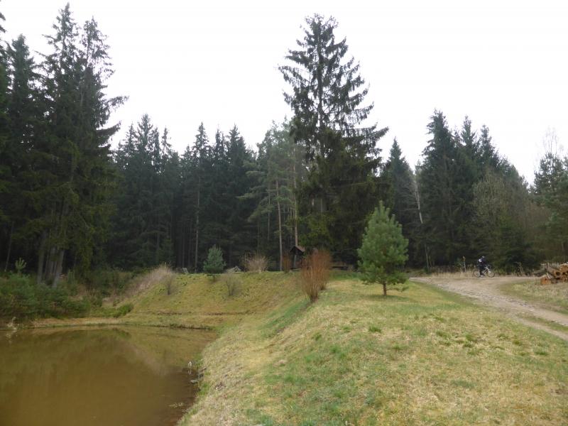 g140405013-Mapovani terenu na Kobylky