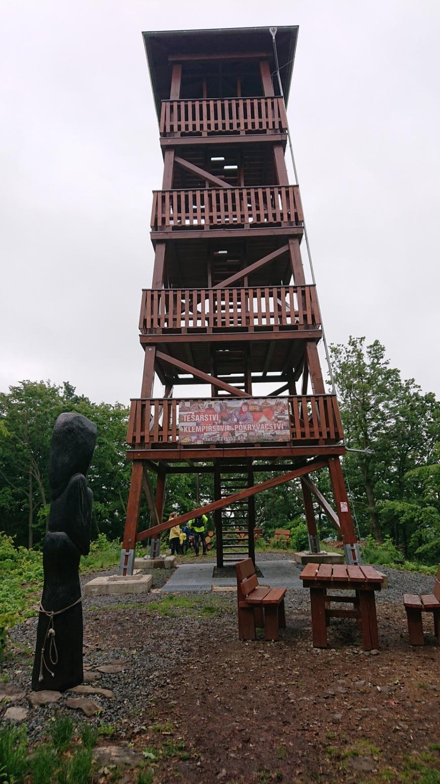 g200606013-Ustecky-masakr-Lucemburkova-rozhledna